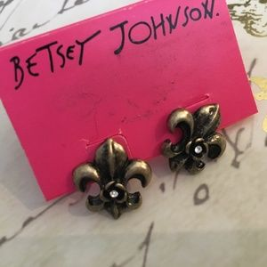 Betsey Johnson Filigree Stud Earrings